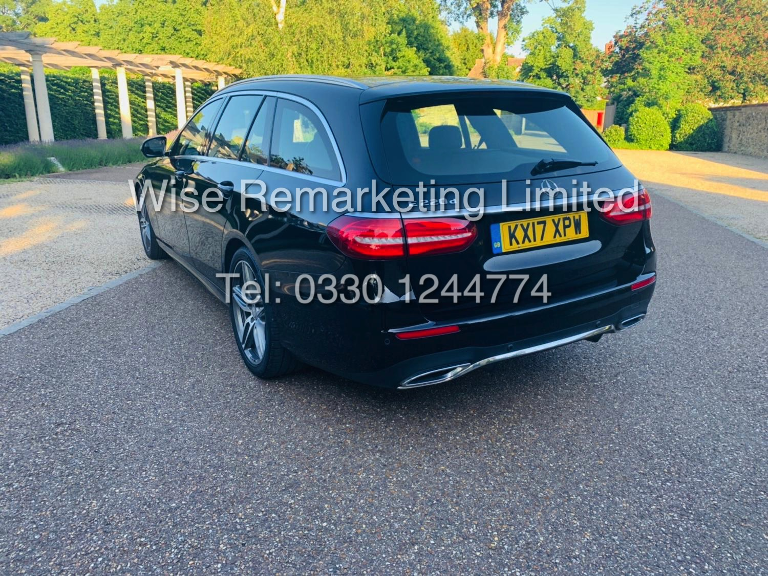MERCEDES E CLASS ESTATE E220D AMG LINE 2017 / 9G -TRONIC / *LOW MILES* / 1 OWNER - Image 4 of 42