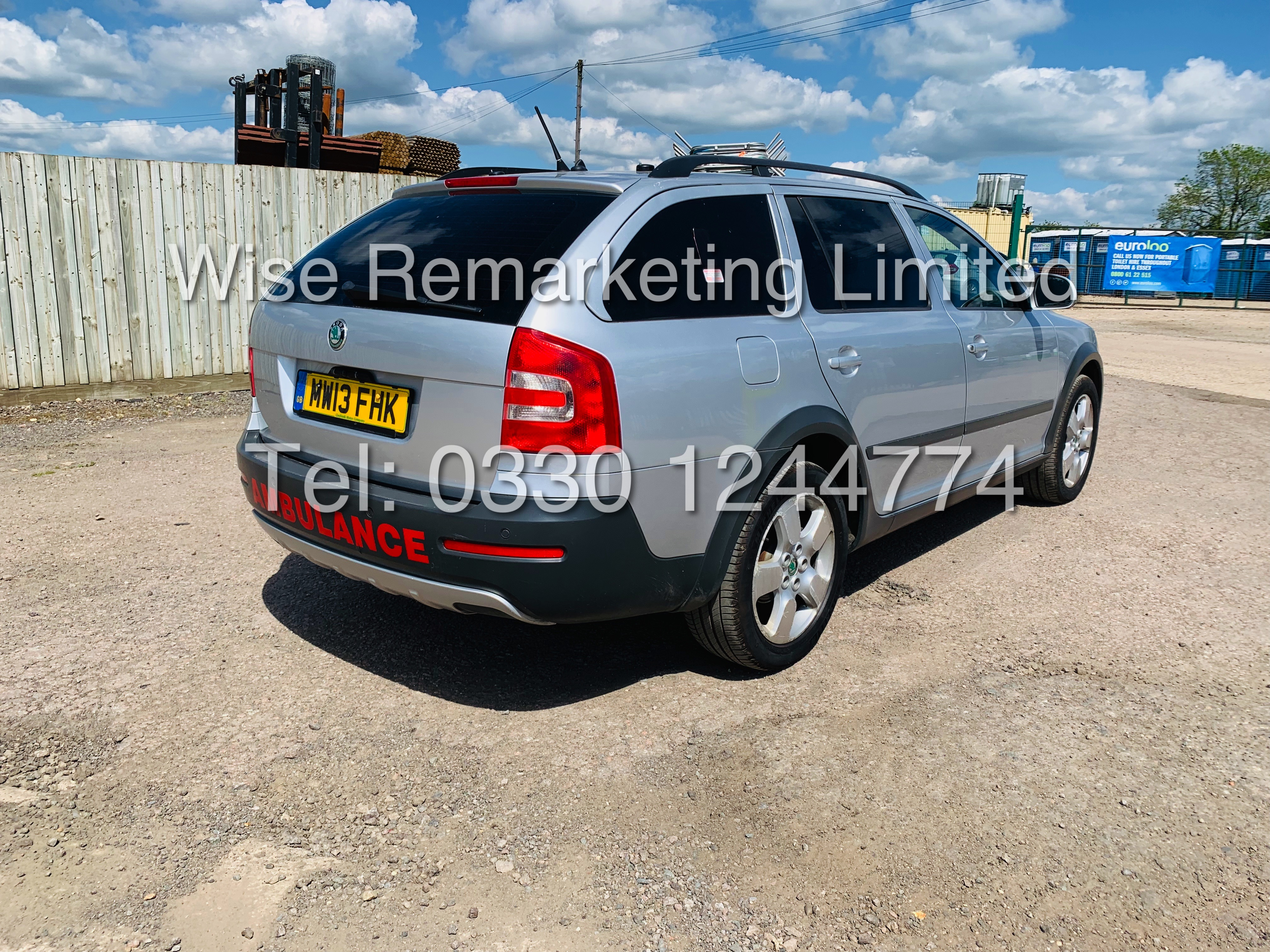 **RESERVE MET** SKODA OCTAVIA (SCOUT) 2.0tdi DSG AUTOMATIC ESTATE / 2013 / 1 OWNER WITH FULL HISTORY - Image 7 of 16