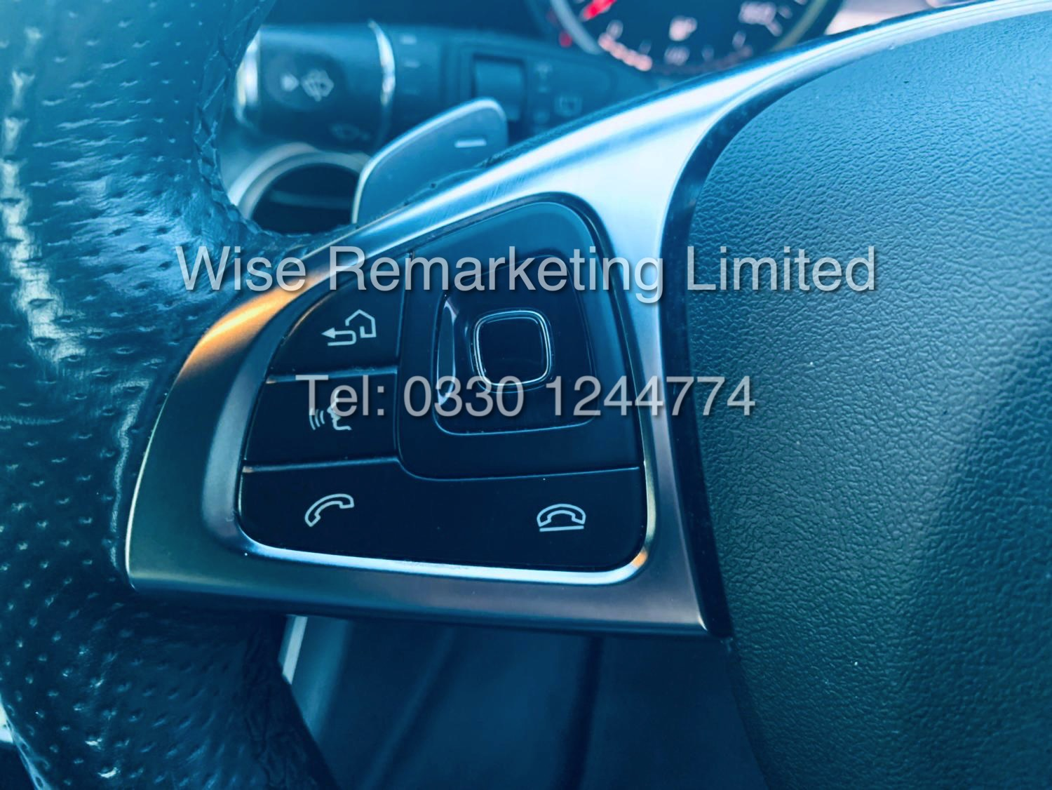 MERCEDES E CLASS ESTATE E220D AMG LINE 2017 / 9G -TRONIC / *LOW MILES* / 1 OWNER - Image 39 of 42