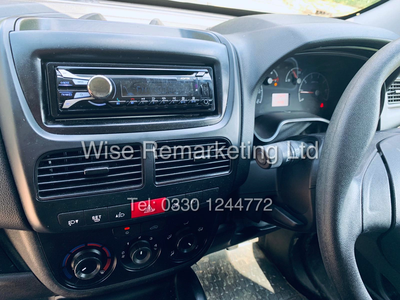 **RESERVE MET** VAUXHALL COMBO 2000 CDTI (SPORT) 1 OWNER WITH FULL HISTORY / AIR CON / ALLOYS / - Image 13 of 22