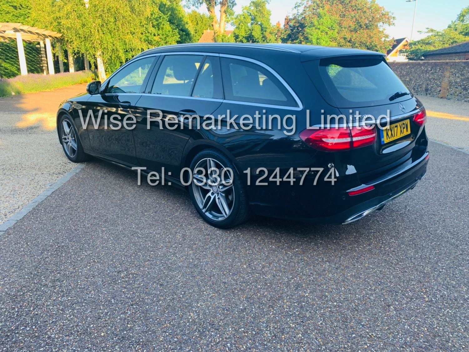 MERCEDES E CLASS ESTATE E220D AMG LINE 2017 / 9G -TRONIC / *LOW MILES* / 1 OWNER - Image 5 of 42