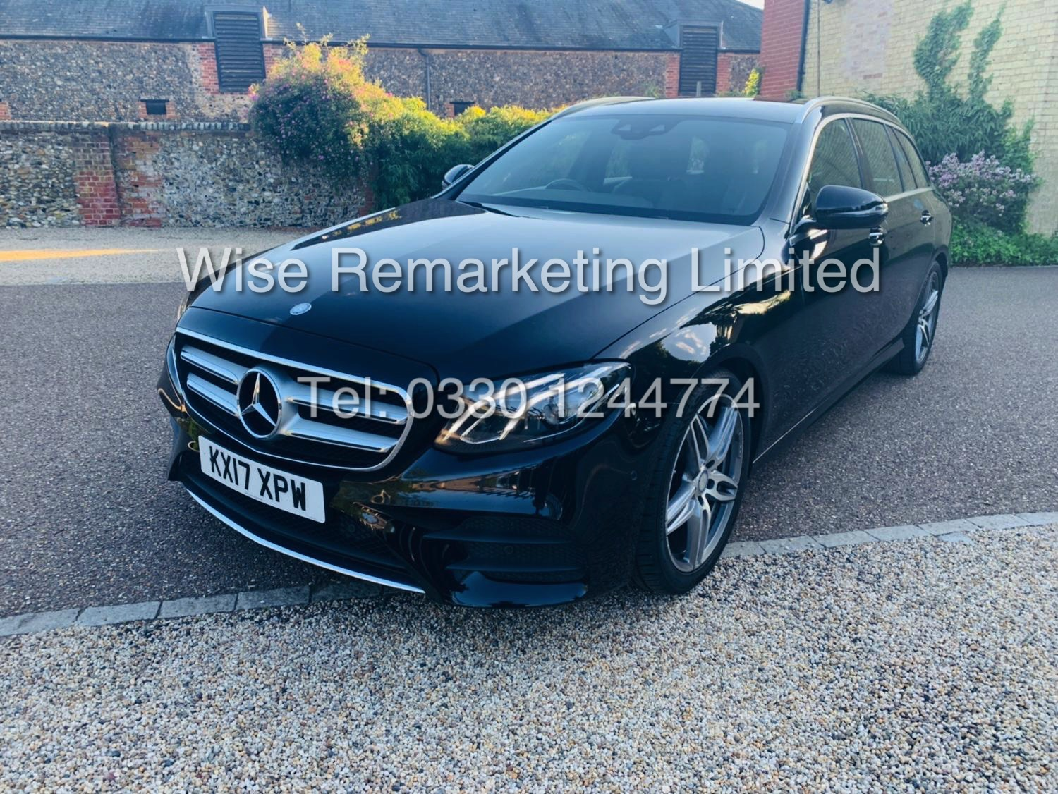 MERCEDES E CLASS ESTATE E220D AMG LINE 2017 / 9G -TRONIC / *LOW MILES* / 1 OWNER - Image 2 of 42