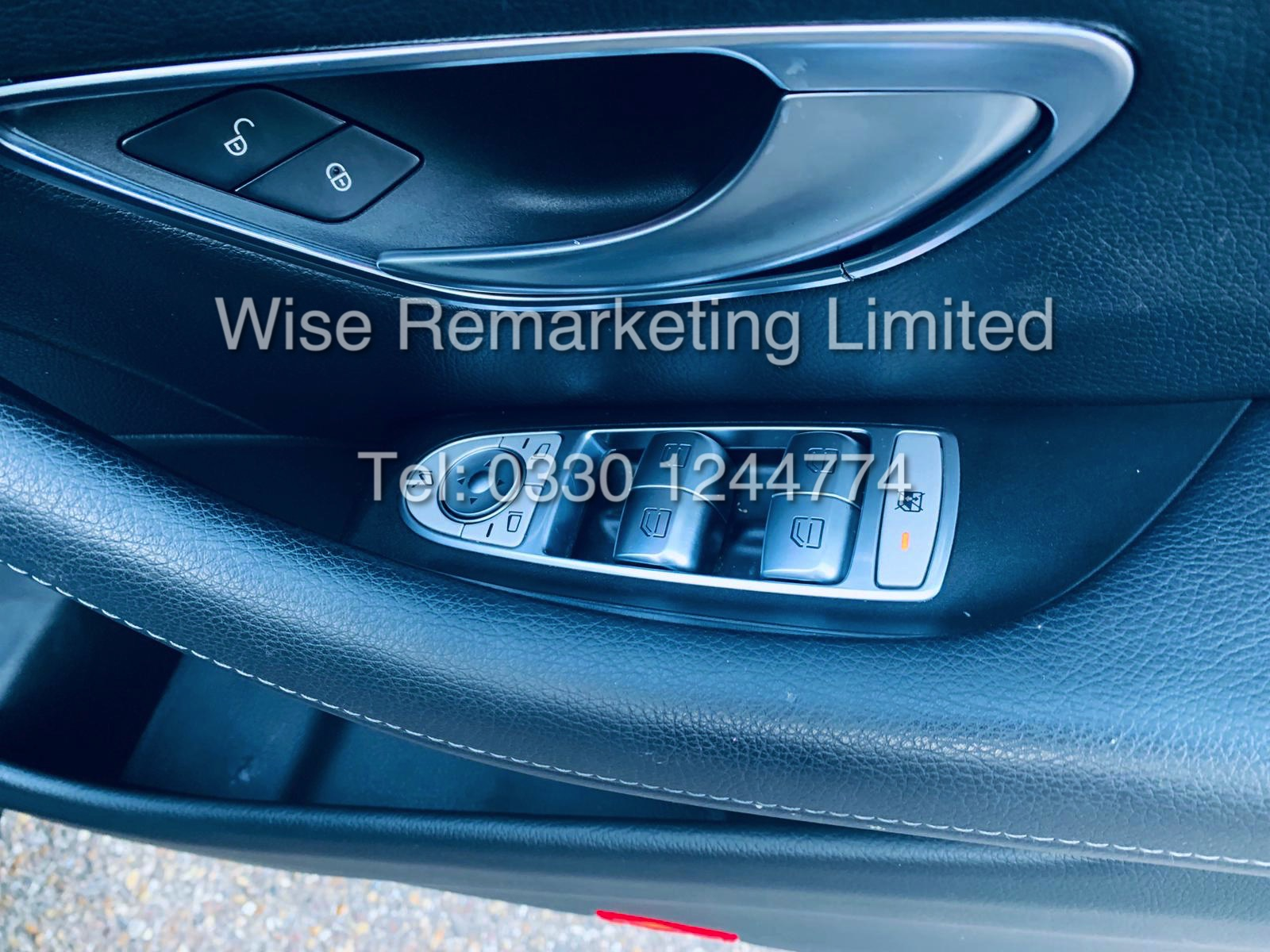 MERCEDES E CLASS ESTATE E220D AMG LINE 2017 / 9G -TRONIC / *LOW MILES* / 1 OWNER - Image 33 of 42