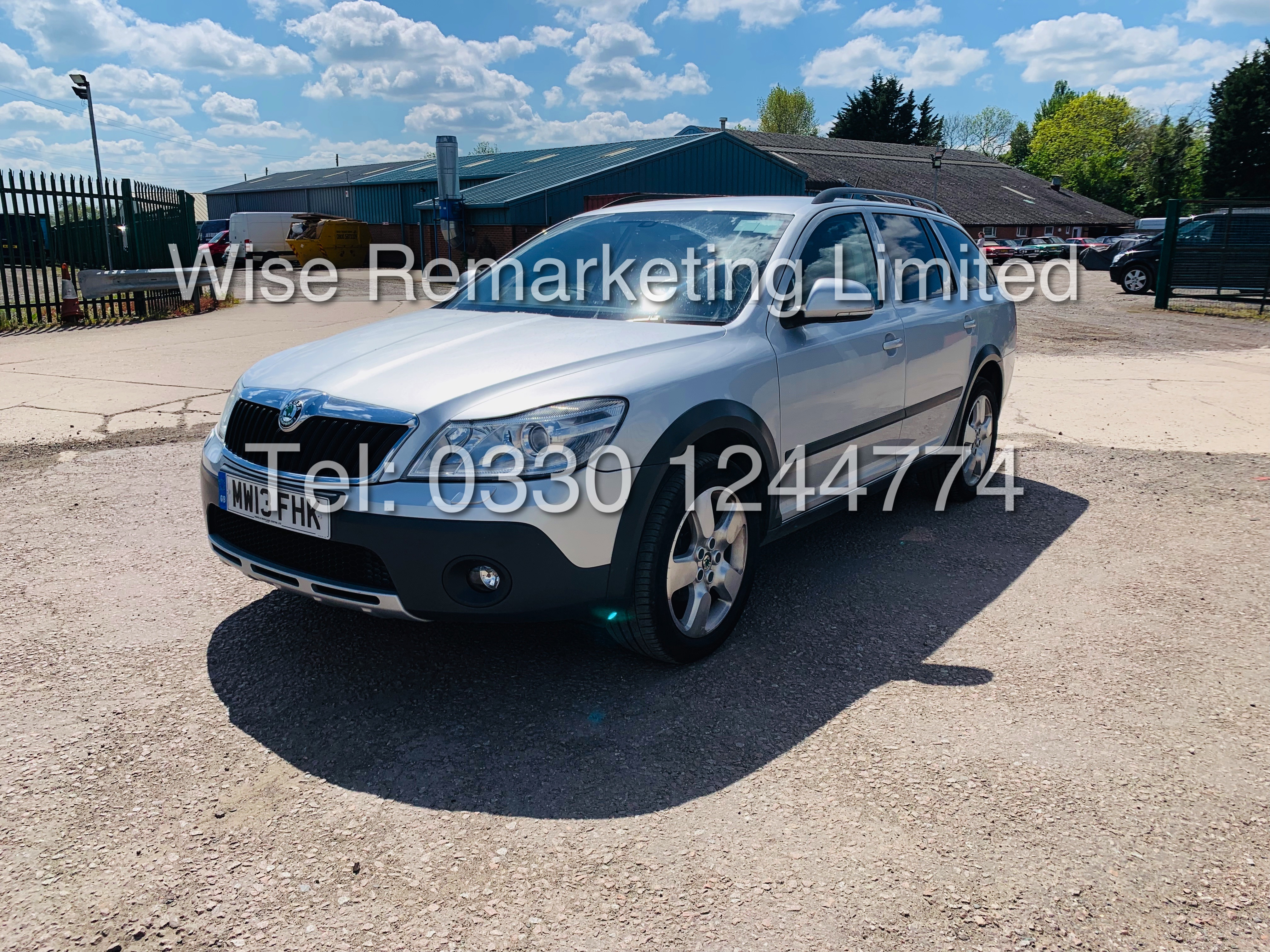 **RESERVE MET** SKODA OCTAVIA (SCOUT) 2.0tdi DSG AUTOMATIC ESTATE / 2013 / 1 OWNER WITH FULL HISTORY - Image 5 of 16