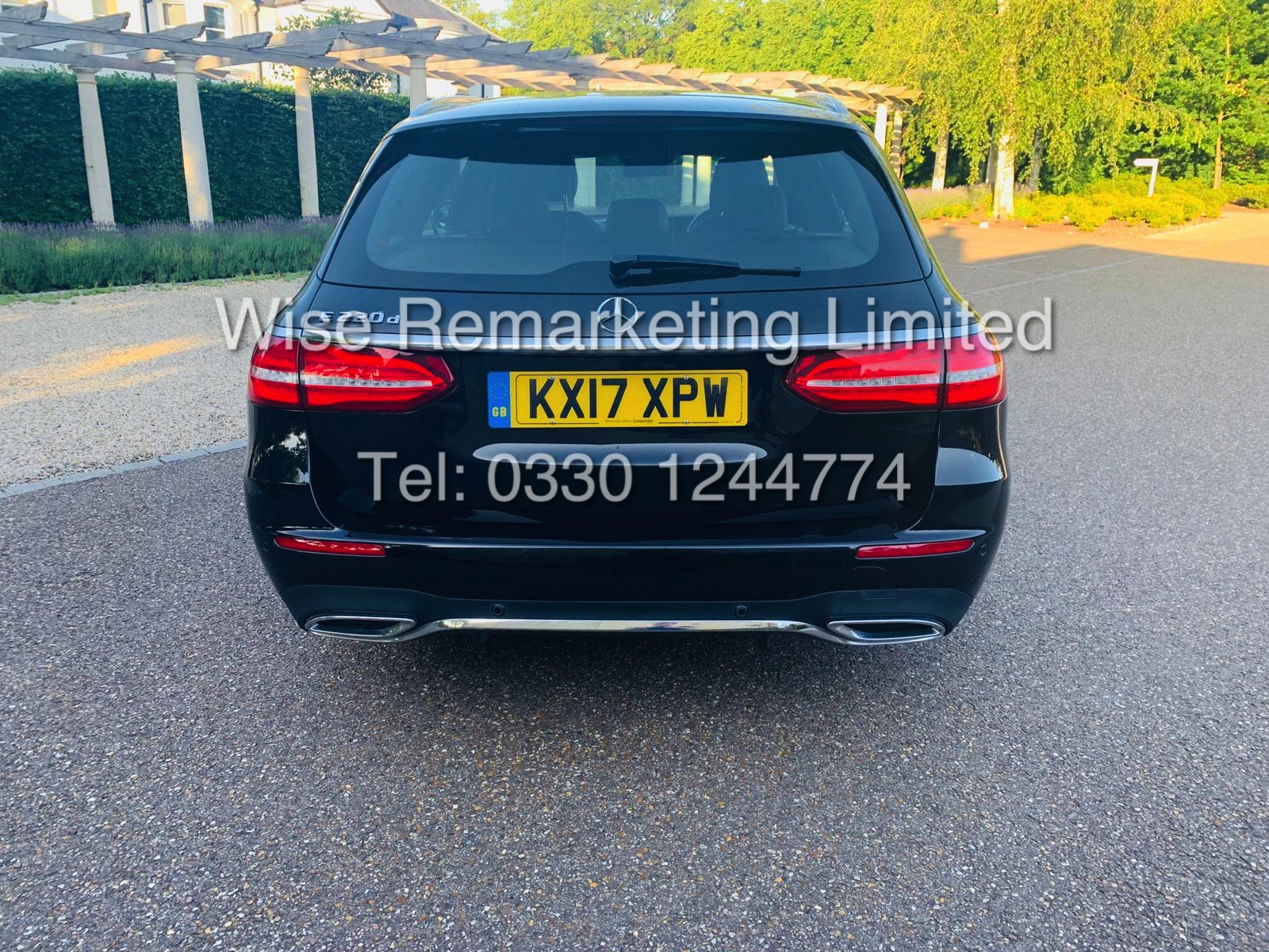 MERCEDES E CLASS ESTATE E220D AMG LINE 2017 / 9G -TRONIC / *LOW MILES* / 1 OWNER - Image 8 of 42