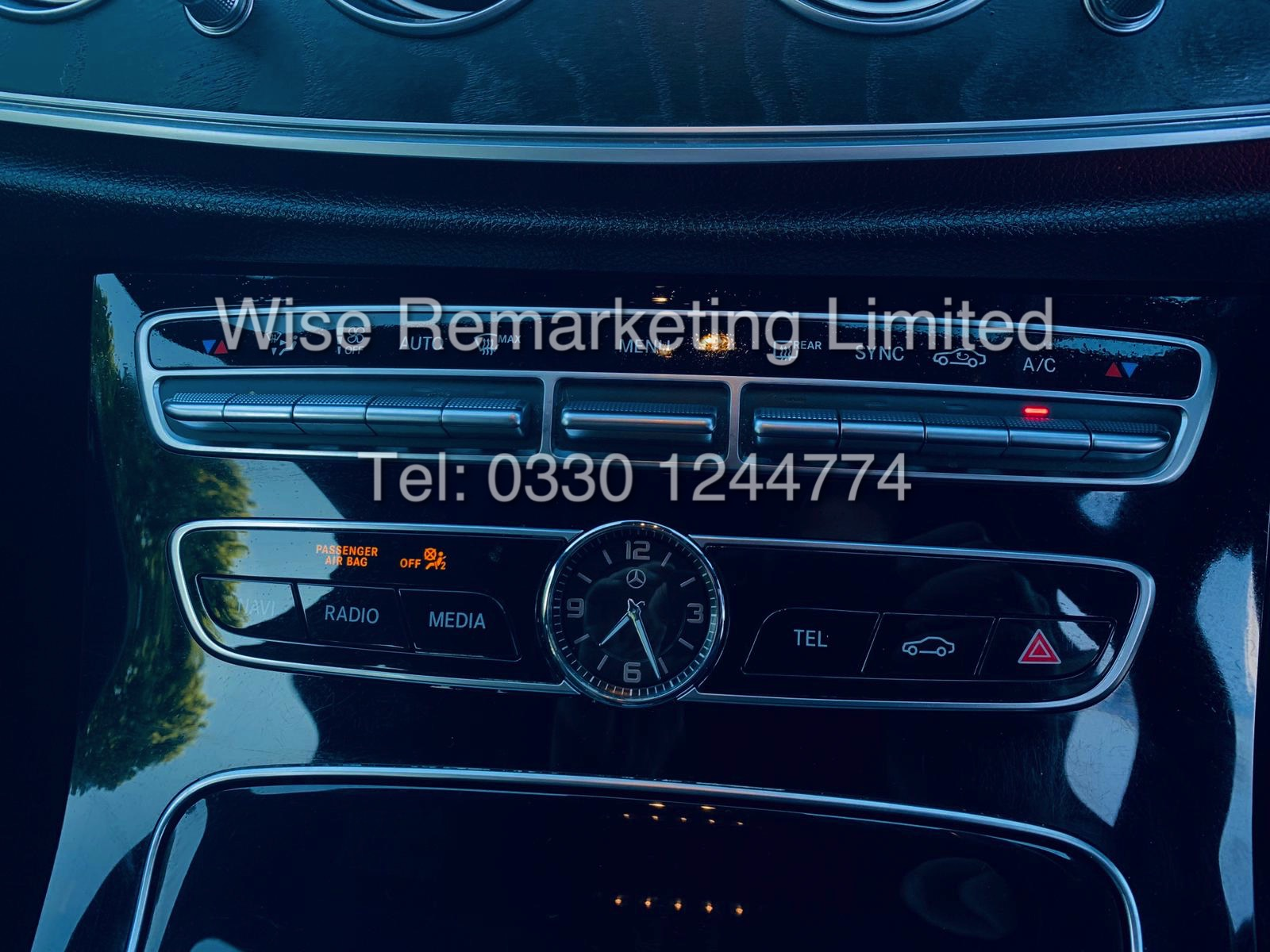MERCEDES E CLASS ESTATE E220D AMG LINE 2017 / 9G -TRONIC / *LOW MILES* / 1 OWNER - Image 31 of 42
