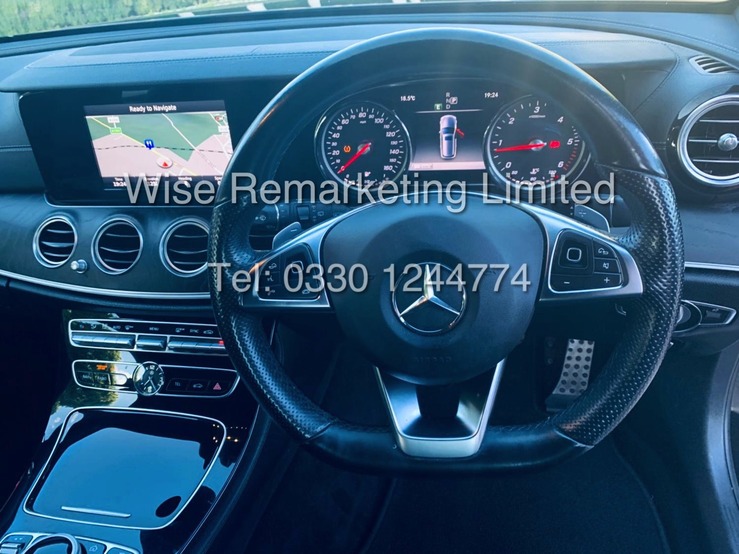 MERCEDES E CLASS ESTATE E220D AMG LINE 2017 / 9G -TRONIC / *LOW MILES* / 1 OWNER - Image 38 of 42