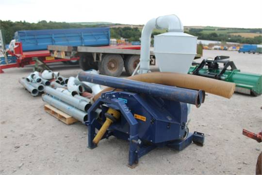 Sale Item: KONGSKILDE GRAIN BLOWER WITH PTO Vat Status: Plus