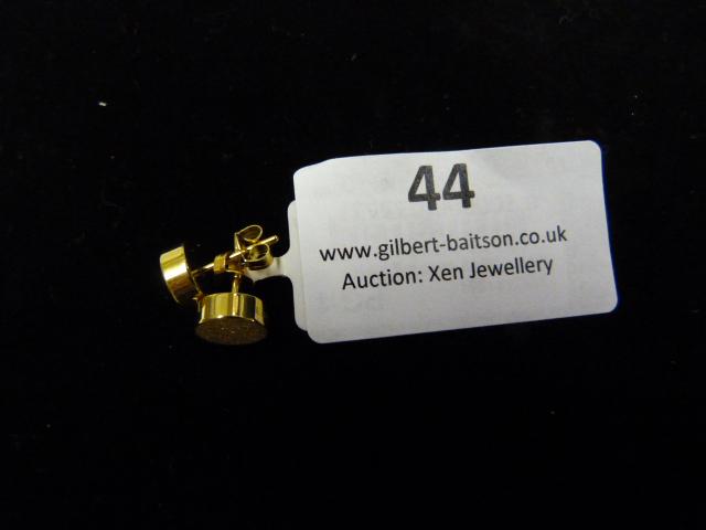 Lot 44 - *Pair of Dotty Studs (Shiny Gold)