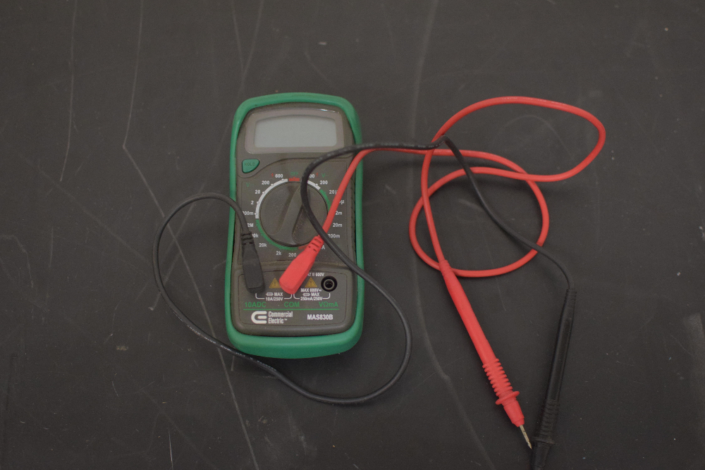 Lot 2 - Commercial Electrical MAS830B Digital Multimeter