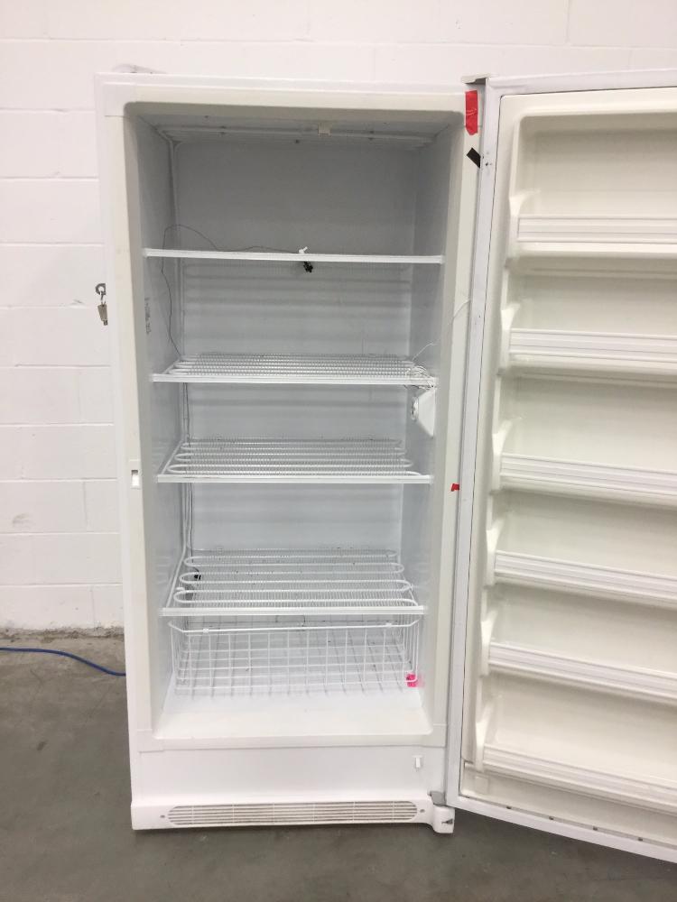 Lot 41 - Frigidaire FFU2124DWS Commercial Freezer