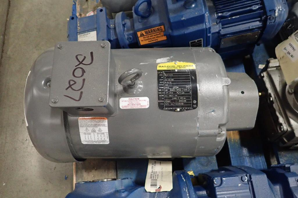 Lot 2027 - (11) assorted electric motors and gearboxes. (See photos for additional specs). **Rigging Fee: $25**