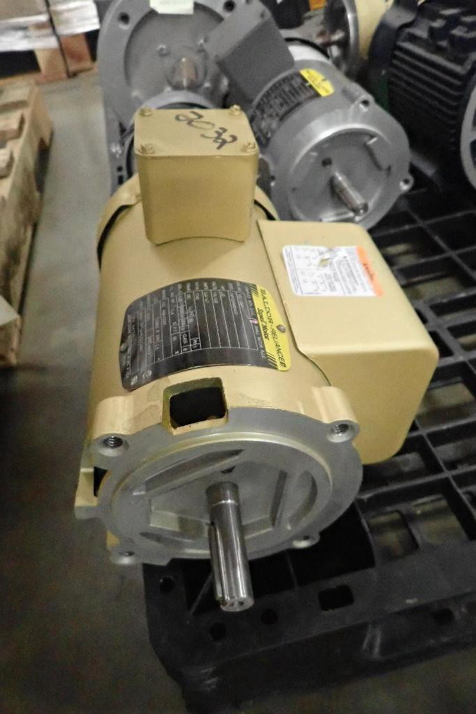 Lot 2032 - (10) assorted electric motors and gearboxes. (See photos for additional specs). **Rigging Fee: $25**