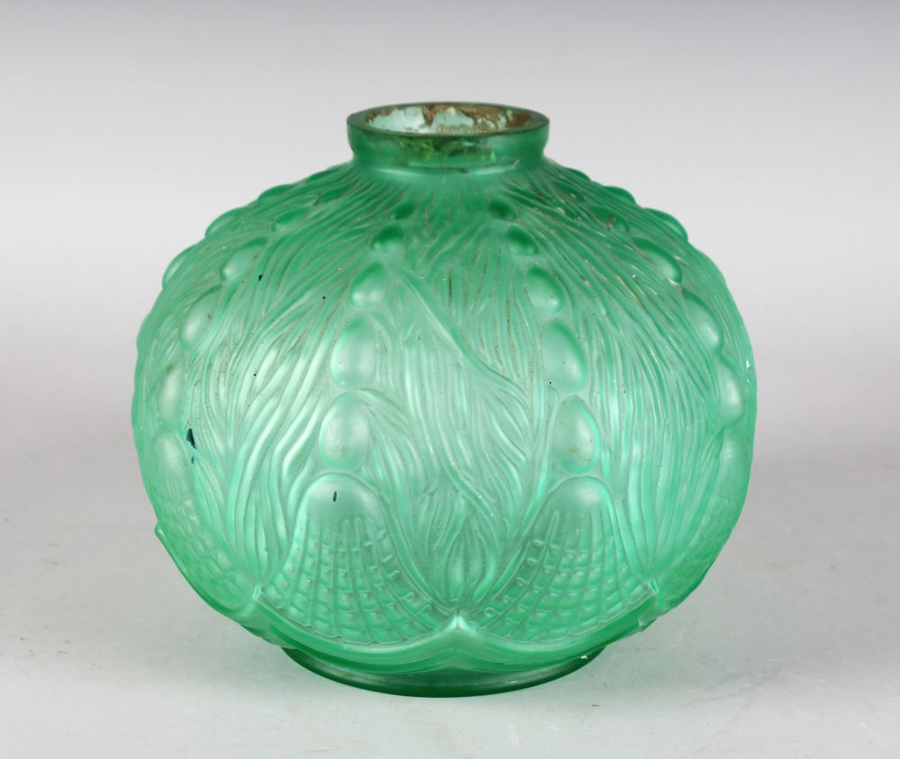 Lot 1039 - A LALIQUE DESIGN BULBOUS VASE with harebell design. 8.5ins high.