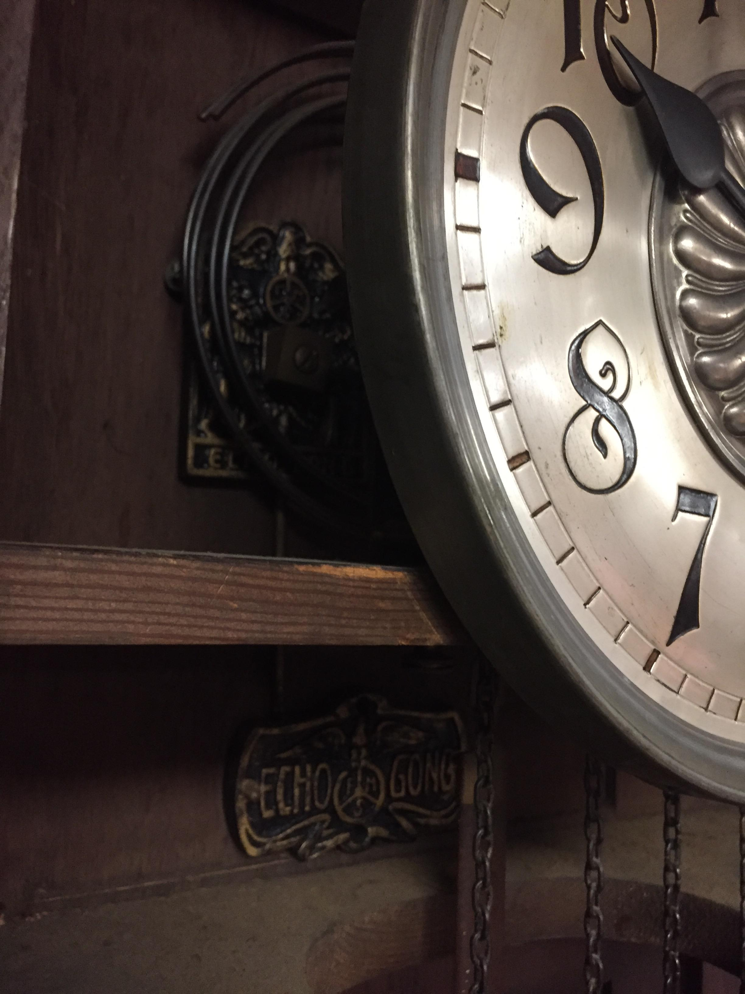 Lot 1 - LARGE OAK BLACK FOREST STYLE LONG CASE CLOCK WITH HEAVY BARLEYTWIST COLUMNS 30 HOUR MOVEMENT