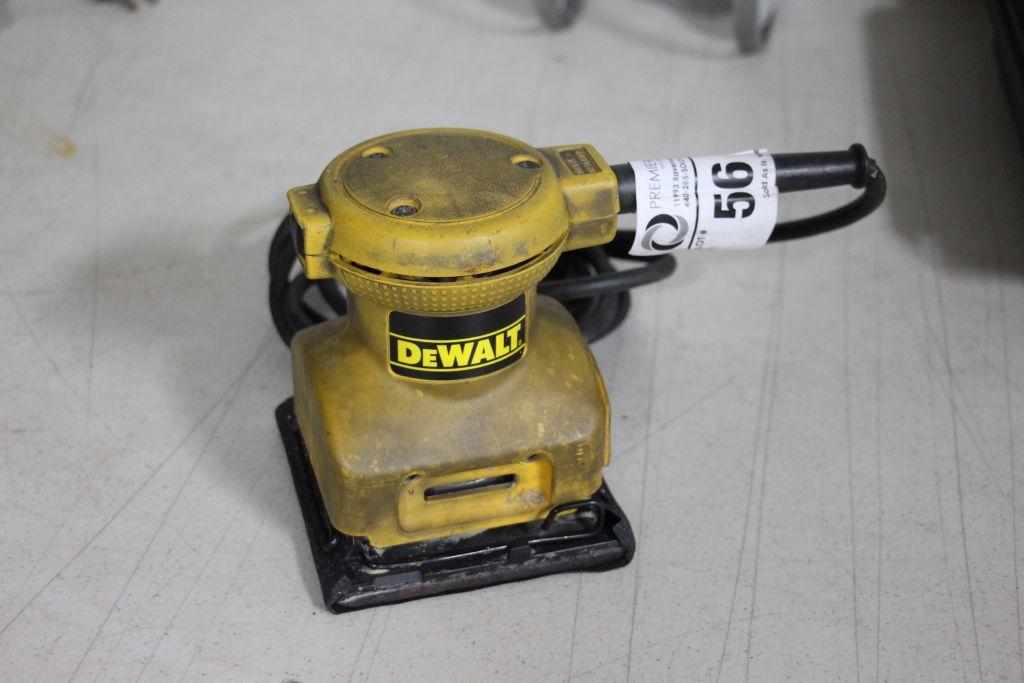 Lot 56 - Dewalt Palm Grip Sander, model DW411