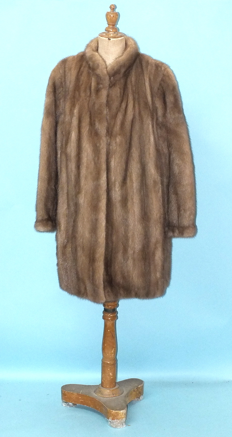 Lot 230 - A Hickleys labelled light brown mink coat with stand-up collar and wide sleeves gathered at the