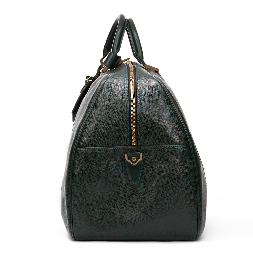 LOUIS VUITTON Green Taiga Leather Vintage Kendall GM This ...