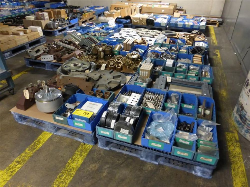 Lot 1324 - Lot of Change Parts for Cooker/Sterilizer: Gears, Gaskets, Ejector Brackets, Paddles, Pulleys (8