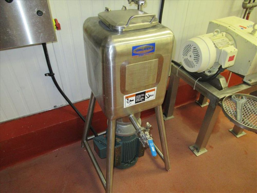 Lot 807 - Walker lab liquefier mod. no. LM-10-DS ser. no. SPG-51746 10 gallons capacity, 14 in. x 14 in. x