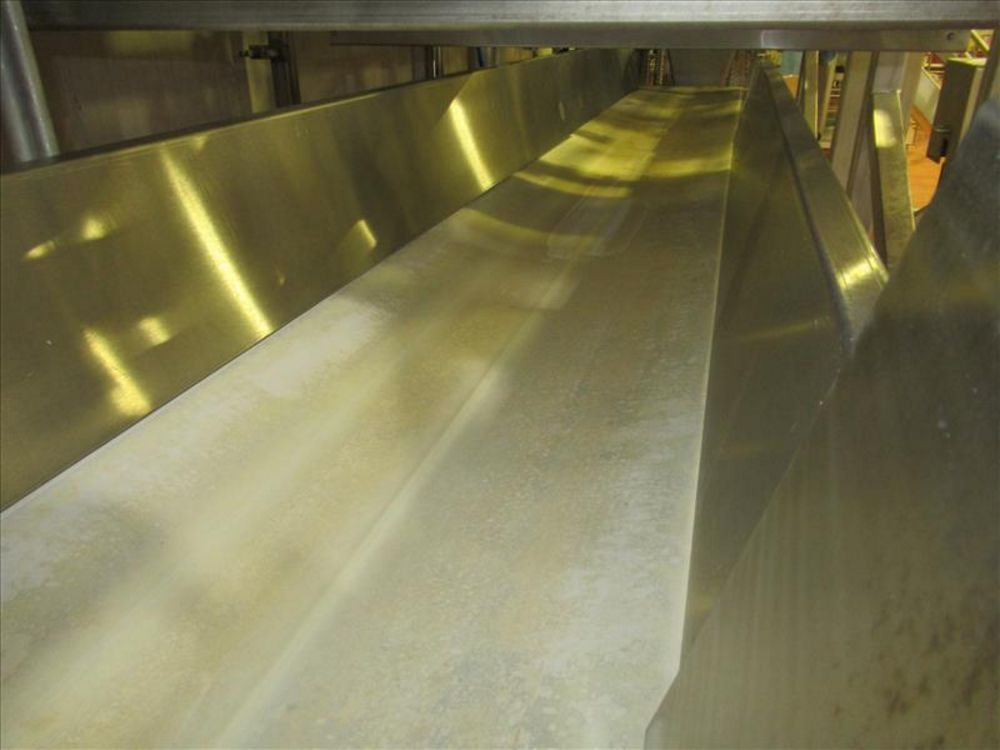 Lot 832 - Shared flat belt conveyor approx 22 ft. L x 25 in. W with 10 in. h side splash guards, sanitary