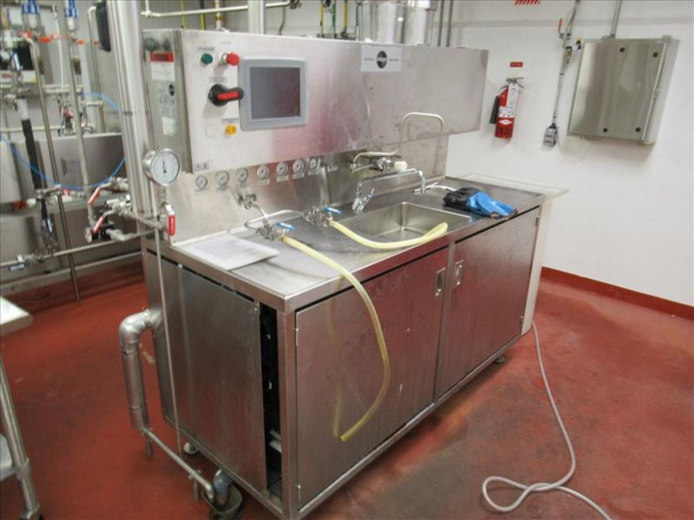Lot 823 - MicroThermics lab test bench mod. no. 25HVHW /SHVH-W ser. no. 3216608-1 small scale UHT/HTST R and D