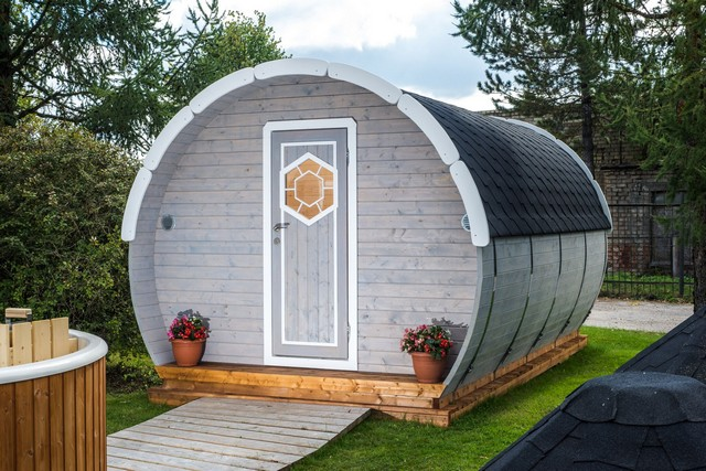 Lot 18017 - V Brand New 3.2 x 4.8M Sleeping Barrel- Ice-Viking - Barrel Made From Spruce - Opening Window At The