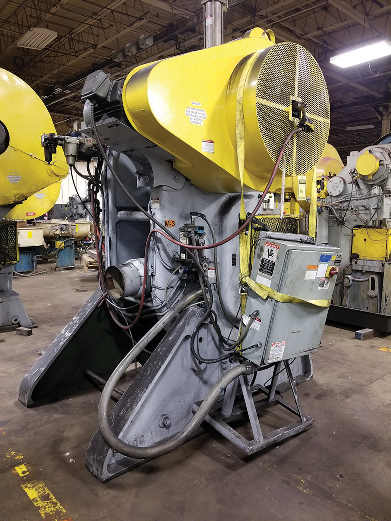 Lot 16 - ALVA ALLEN BT-100 100-TON C GAP FLYWHEEL PUNCH PRESS, 29'' X 49'' BOLSTER, 14'' X 24'' RAM, 15''