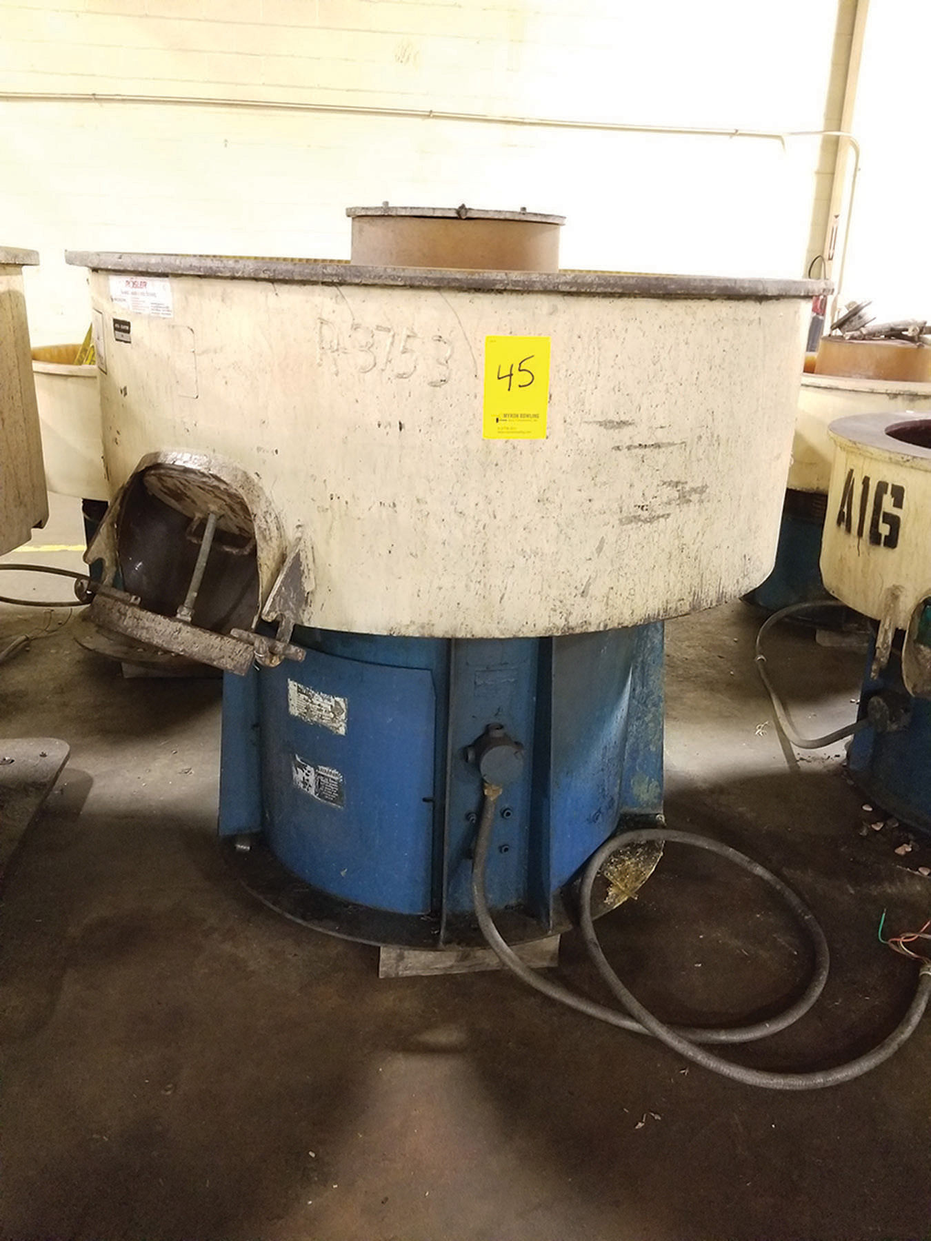 Lot 45 - ROSLER VIBRATORY BOWL FINISHER; 57'' DIA. X 16'' DEEP ***$50.00 RIGGING FEE***