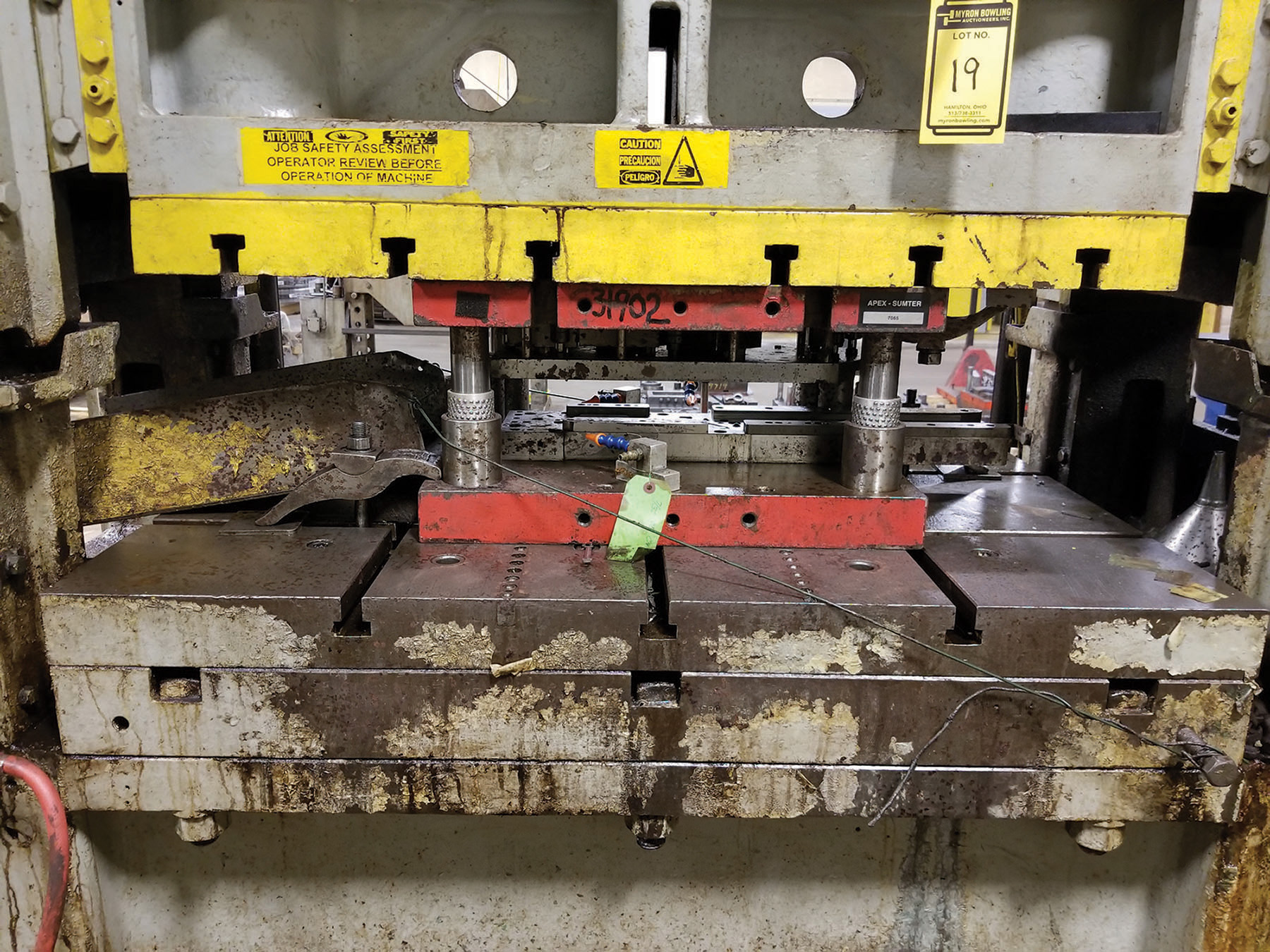 Lot 19 - MINSTER P2-100-48 PIECE MAKER 100-TON PRESS, S/N 15324, 31'' X 48'' T SLOTTED BOLSTER, 18.5'' X 43