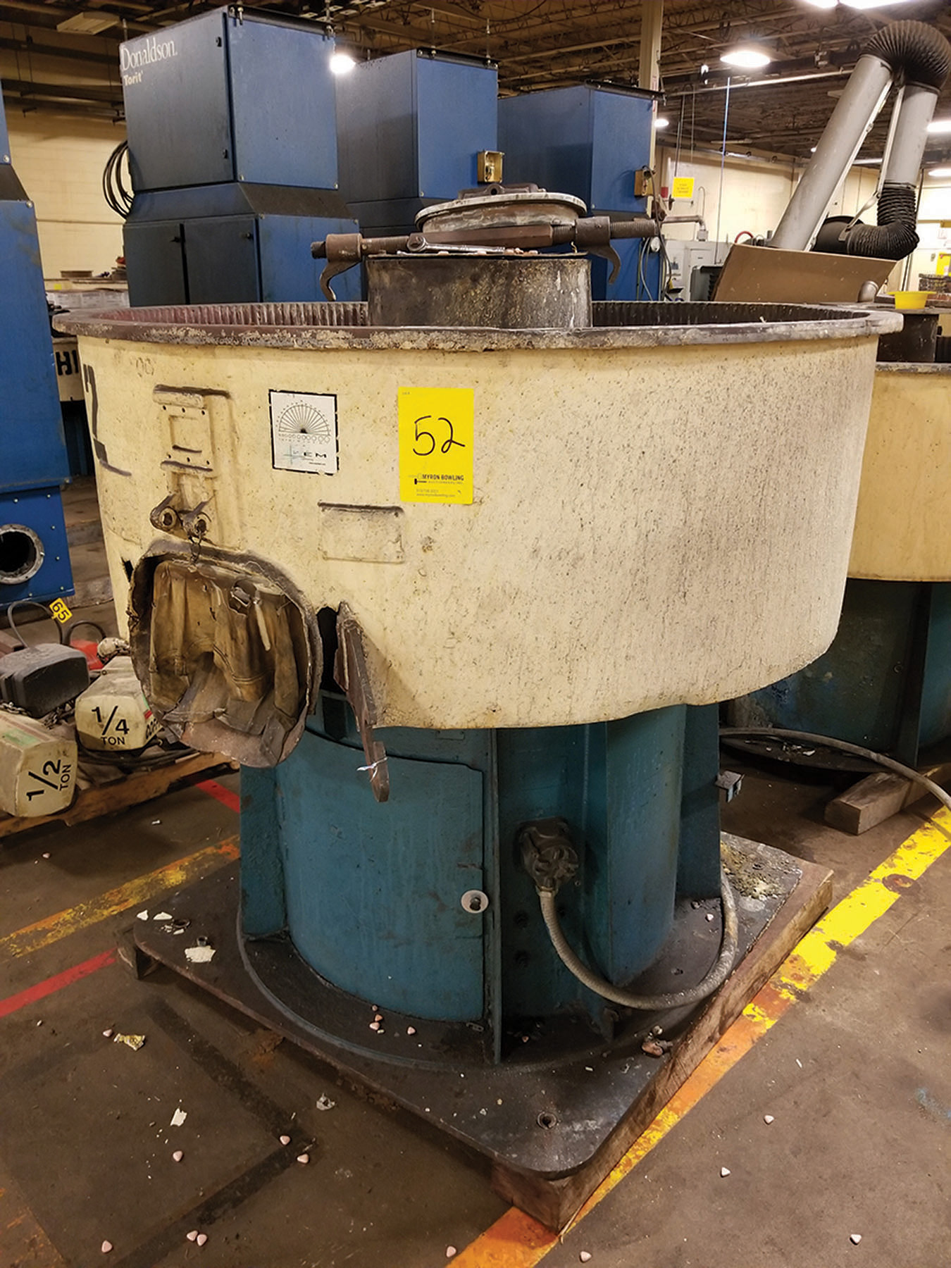 Lot 52 - ROSLER VIBRATORY BOWL FINISHER; 57'' DIA. X 16'' DEEP ***$50.00 RIGGING FEE***