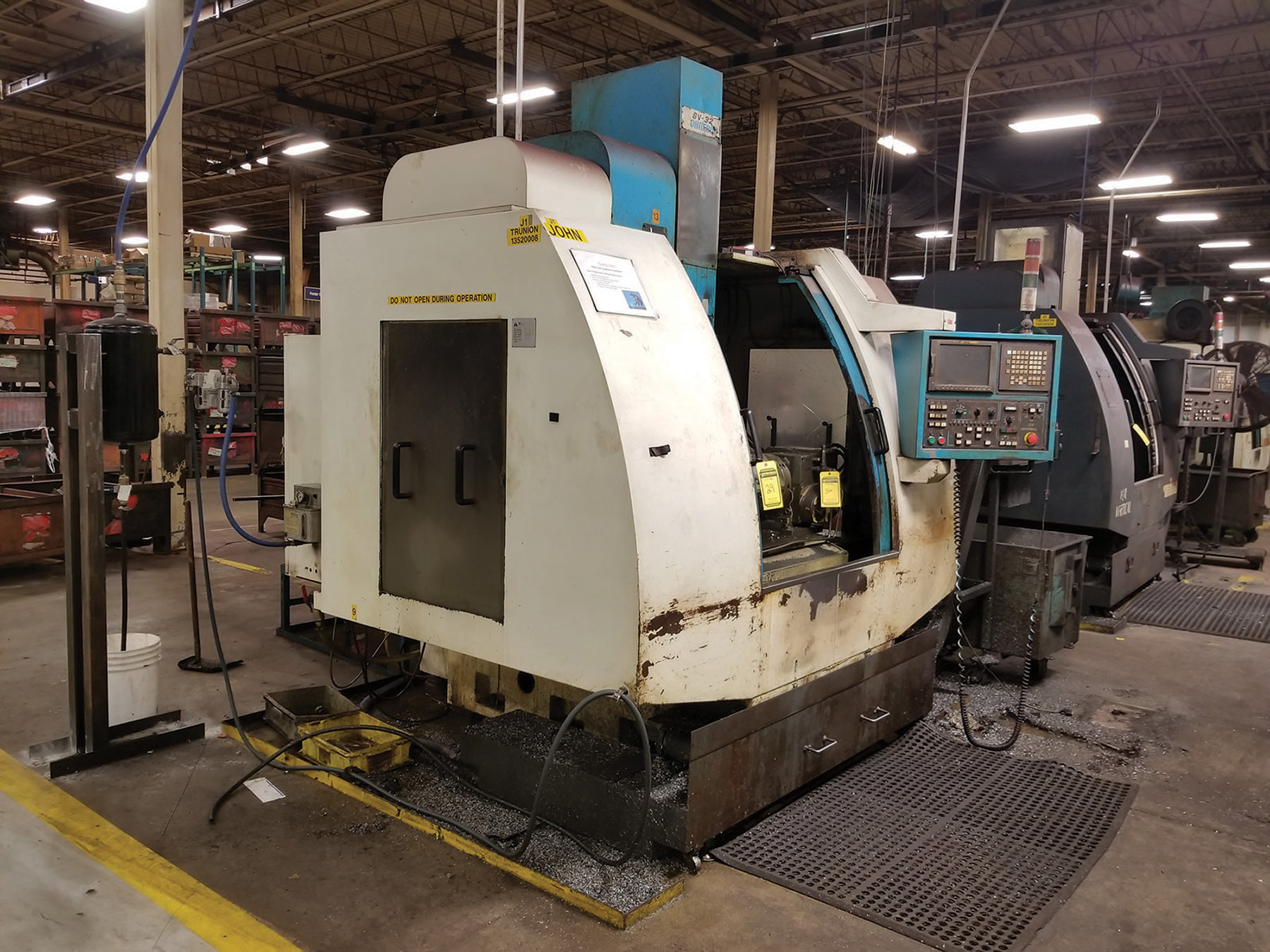 Lot 29 - 2002 JOHNFORD SUPER VERTICAL SV-32 VERTICAL MACHINING CENTER, 4-AXIS, S/N MB2302, 17.5'' X 39.25''
