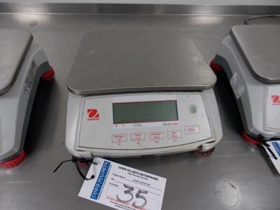 Lot 35 - OHAUS 15 Lb Capacity Scale | Digital Scale, 15lb Cap. | MODEL# Valor7000 | SERIAL# 8335100618 | *