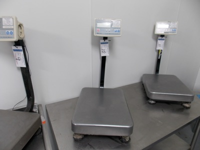 Lot 10 - 150 Lb Capacity Scale | Digital Platform Scale, 150lb. Cap Scale I.D. MC08 | MODEL# FG-60KAL |