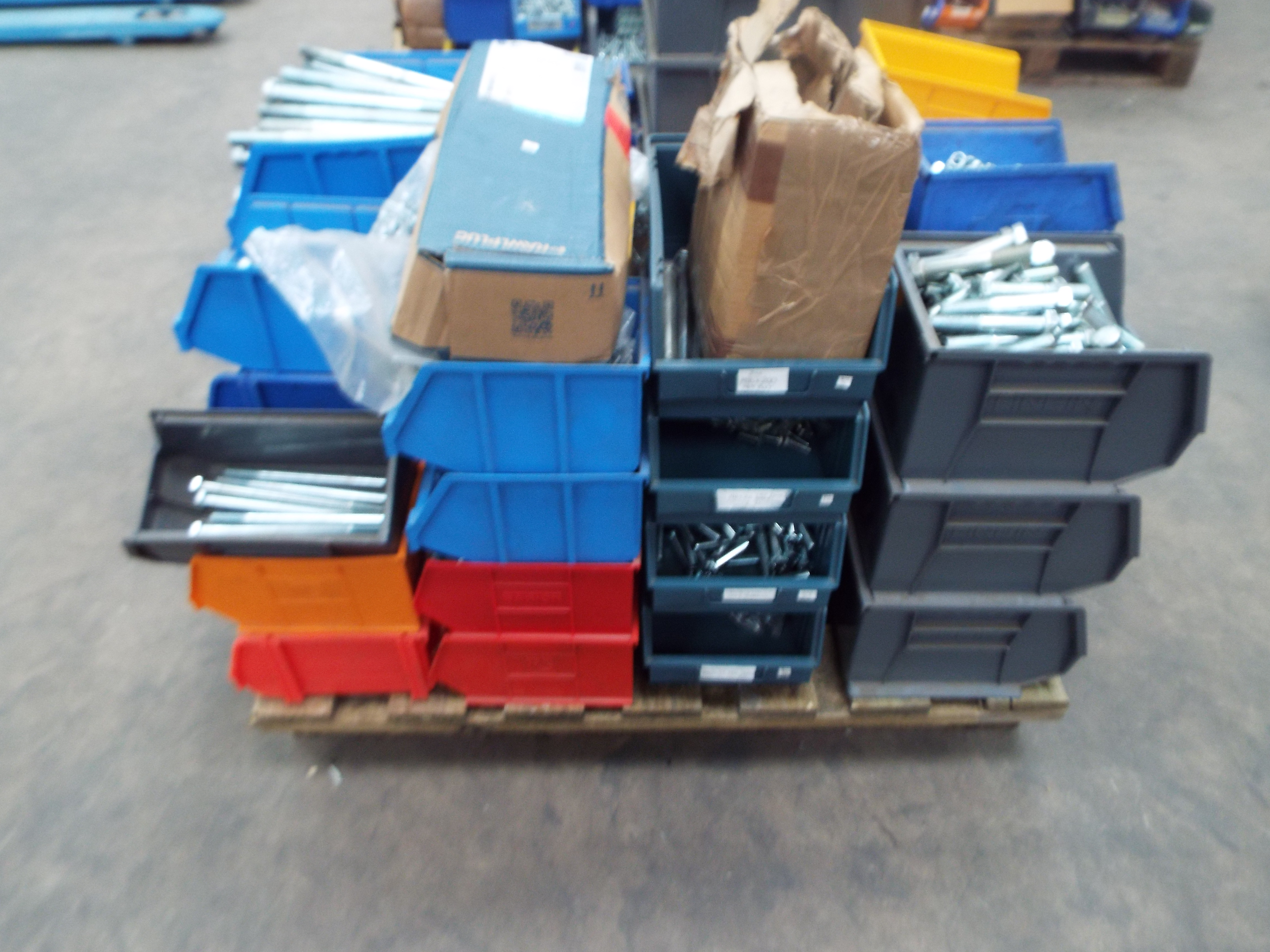 Lot 23 - Assorted Fasteners