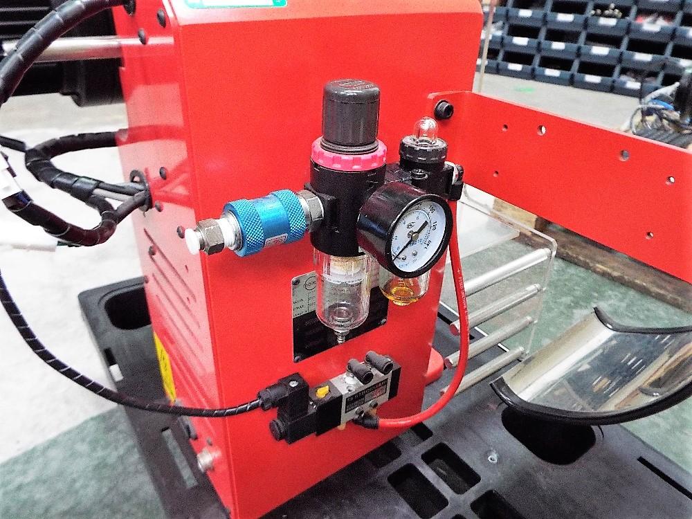 Lot 17 - Molex TM3000 Universal Press,Complete With Fineadjust Applicators.