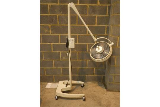 ALM Prismatic Portable Surgical Light on Stand *Powers Up*