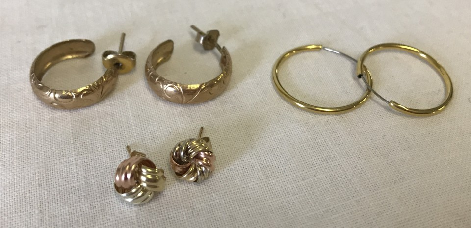 Lot 46 - 3 pairs of 9ct gold earrings.