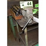 LOT/ WORK BENCH WITH (2) BENCH VISES