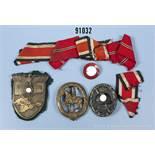 Konv. Krimschild, Eisenausf., komplett mit 4 Splinten, Gegenplatte und Resten des Heeresstoffes, VWA