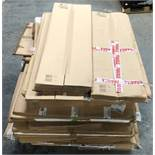 1 LOT TO CONTAIN ASSORTED WHITE BOARDS, NOTICE BOARDS AND CARDBOARD / COLOURS, SIZES AND