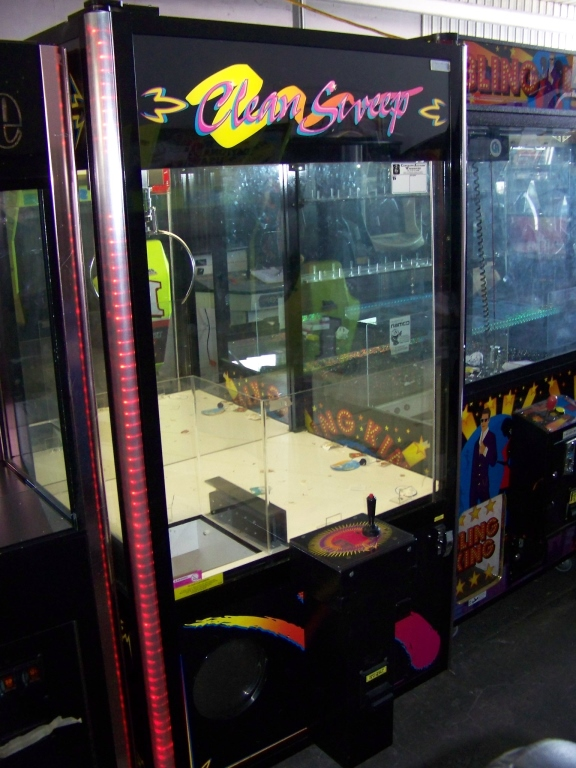 """Lot 27 - 42"""""""" CLEAN SWEEP PLUSH CLAW CRANE MACHINE BB Item is in used condition. Evidence of wear and"""