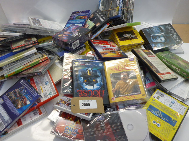 Lot 2009 - Bag containing quantity of CDs, DVDs and console games