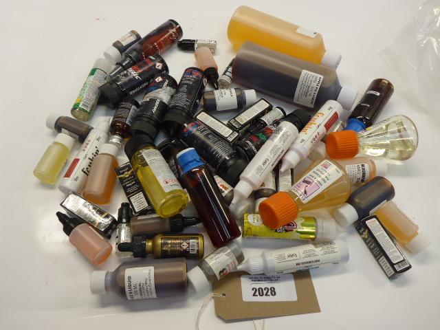 Lot 2028 - Bag containing various vaping flavour liquids, etc.