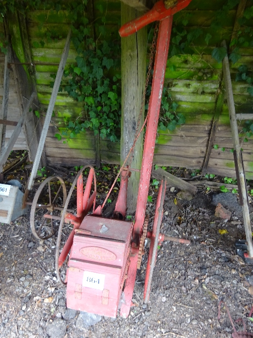 Lot 864 - Kell and Co of Gloucester single row seed drill