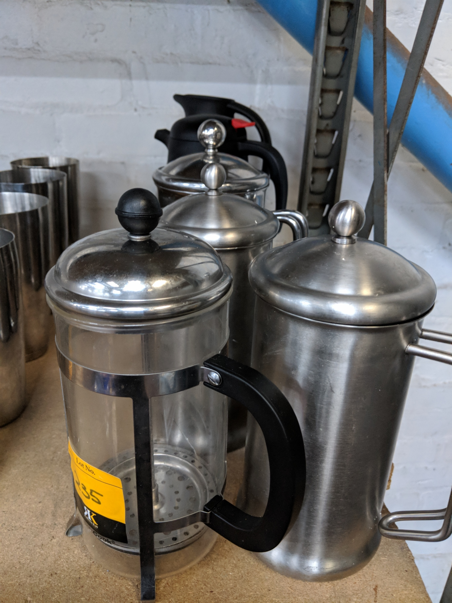 6 off assorted cafetieres thermos jugs and similar this is one of a number of lots that forms t. Black Bedroom Furniture Sets. Home Design Ideas