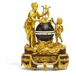 CIRCLE TOURNANT MIT VENUS UND AMOR STYLE LOUIS XVI.