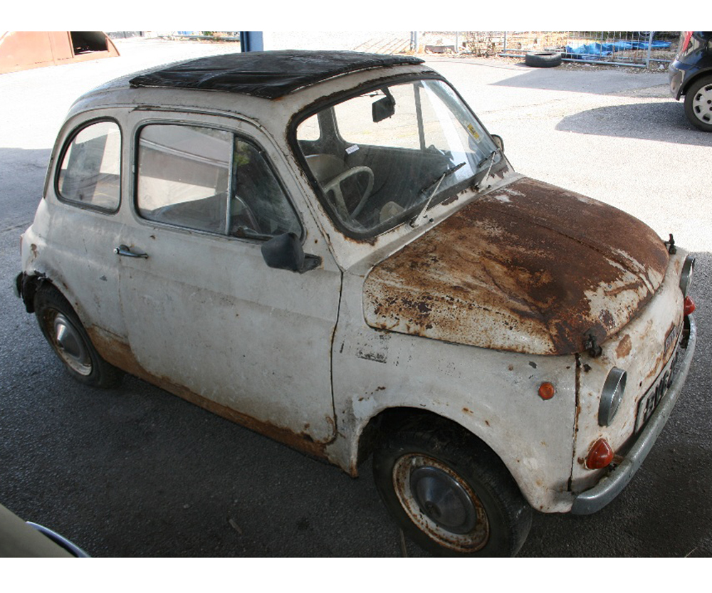 Lot 419 - FIAT 500, THIS UK MODEL IS OFFERED FOR FULL RESTORATION, WITH V5 NO RESERVE