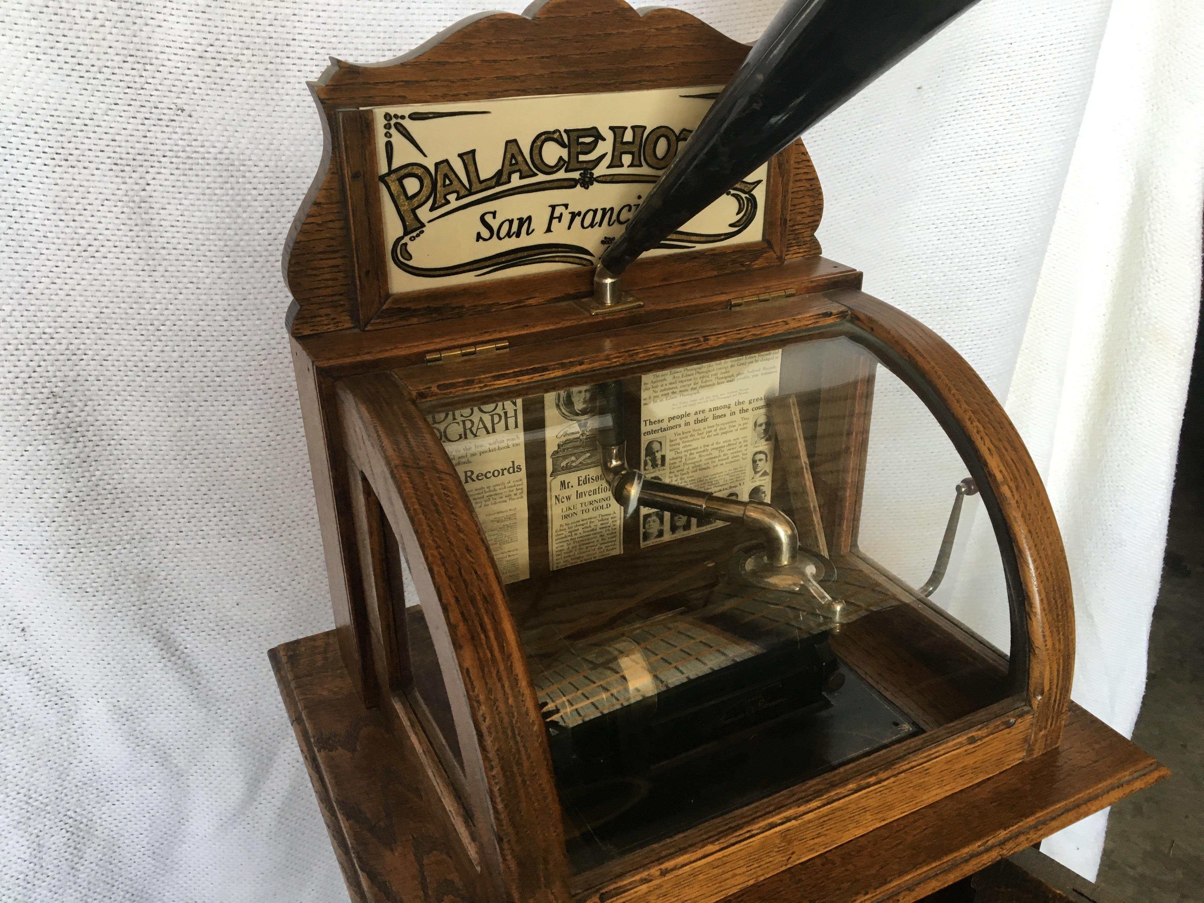 Lot 2 - Thomas Edison Amberola, Oak, Floor Standing Cabinet, Cylinder Player (DX S#20004)