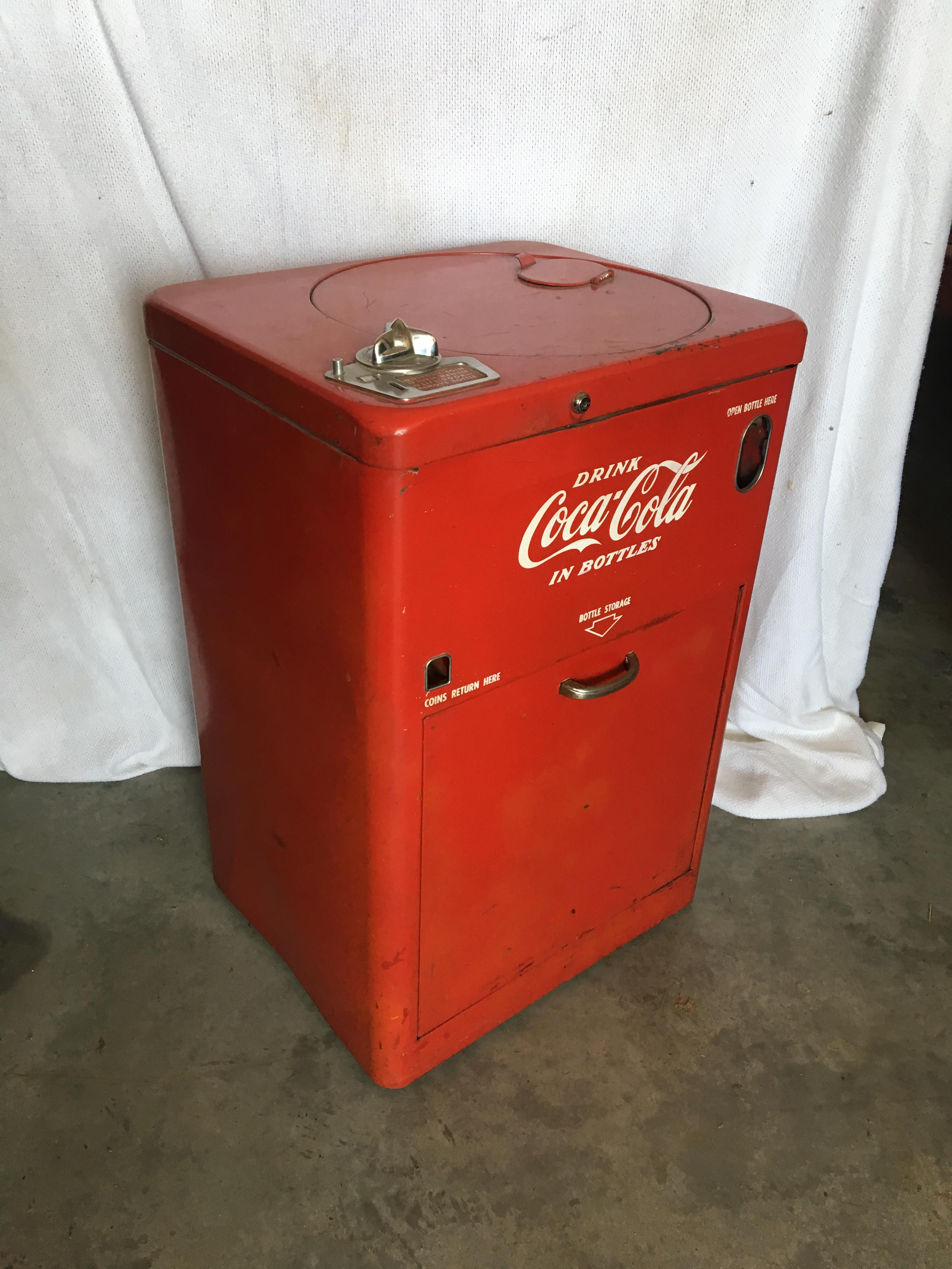 Lot 3 - 1950's Vendo 23 Coke Machine, Spin Top, Coin Operated